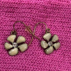 Jewelry - Green Flower Dangle Earrings